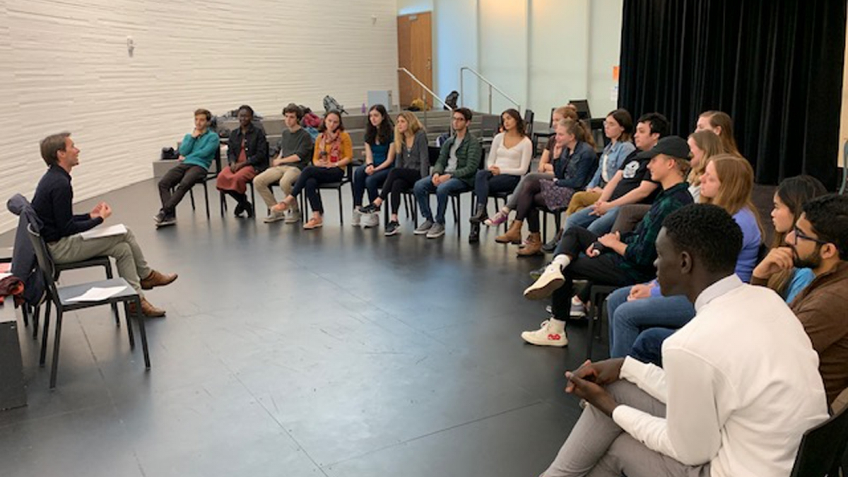 French actor and director Clément Hervieu-Léger from the Comédie-Française visiting students in FRE-THR 211 French Theater Workshop, fall 2019